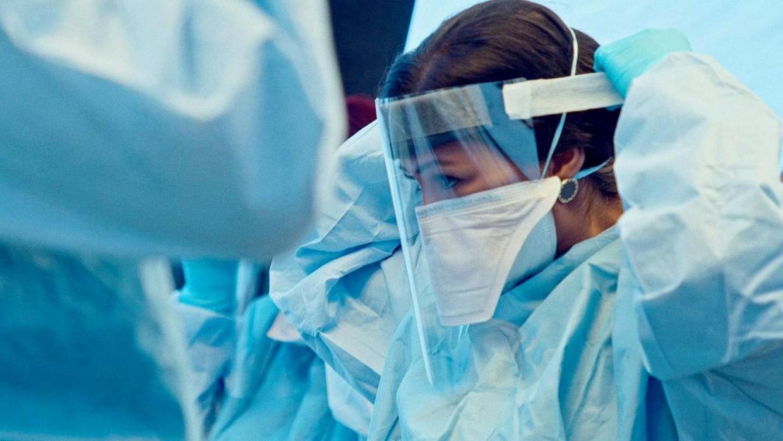 Якутск получил около 30 тысяч доз вакцины от COVID-19