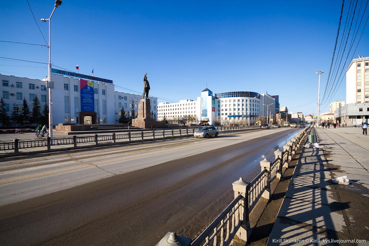 О временном ограничении движения транспорта по проспекту Ленина