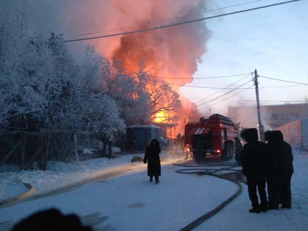 Пожарные отстояли жилой дом