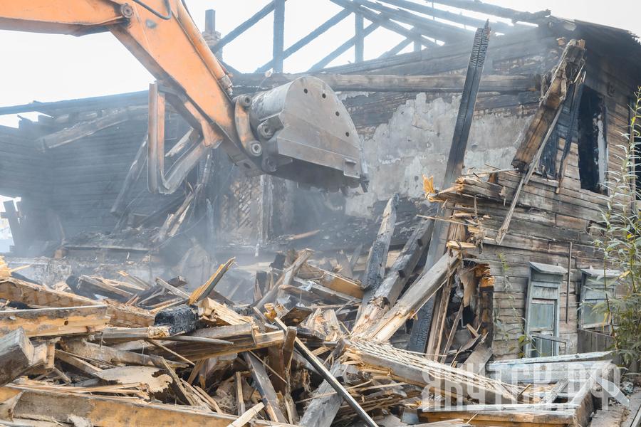 160 и больше ветхих домов в Якутске признают аварийными за счет муниципального бюджета