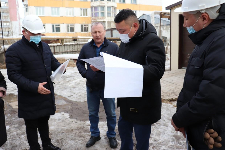 В Якутске утепляют фасады по новой технологии