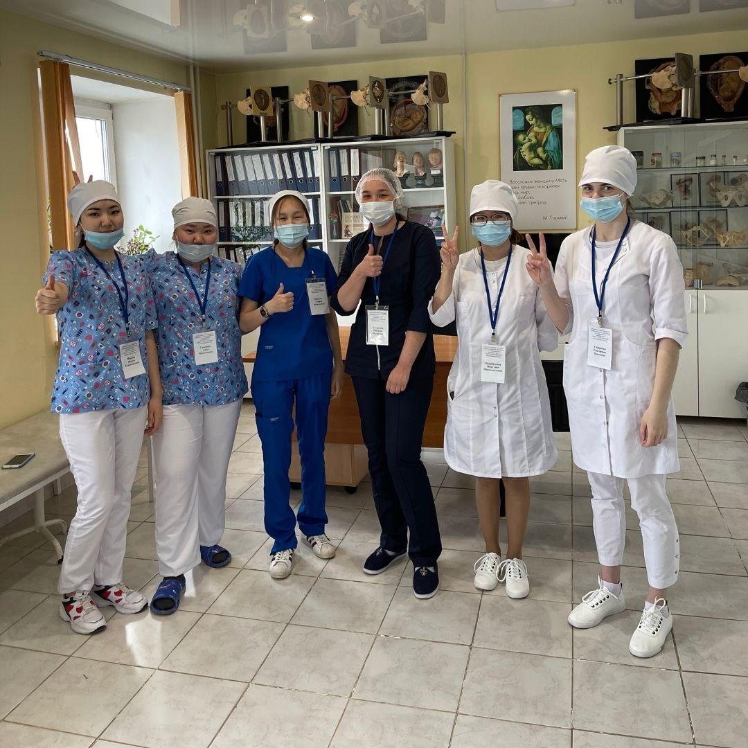 В Якутске прошла I республиканская олимпиада профессионального мастерства среди будущих акушеров