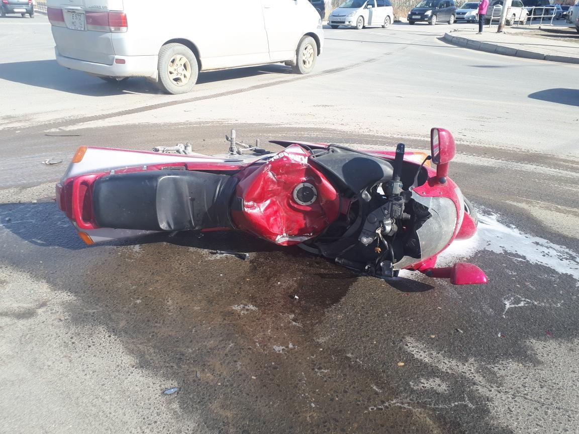 В Якутске произошло ДТП с участием мотоцикла