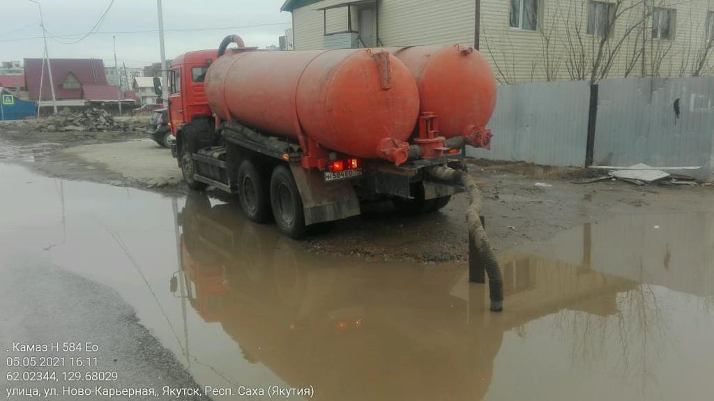 С городских лиц откачали более 56,5 тысяч кубометров талых вод