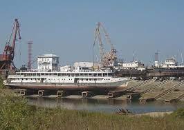 Введен запрет на движение маломерных судов на подходе кЖатайскому заводу