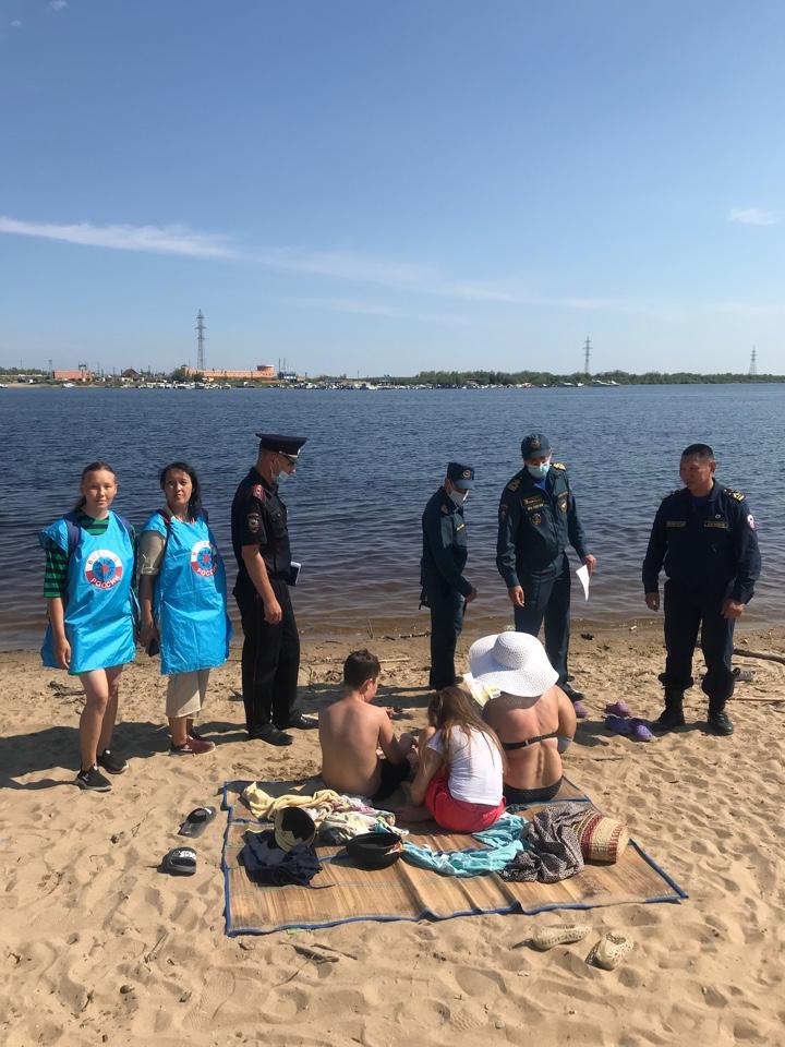 Транспортная полиция Якутии призывает родителей помнить о безопасности детей на воде