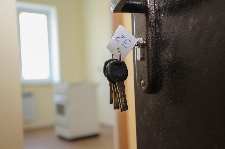 Администрацию города обязали предоставить жилье сиротам