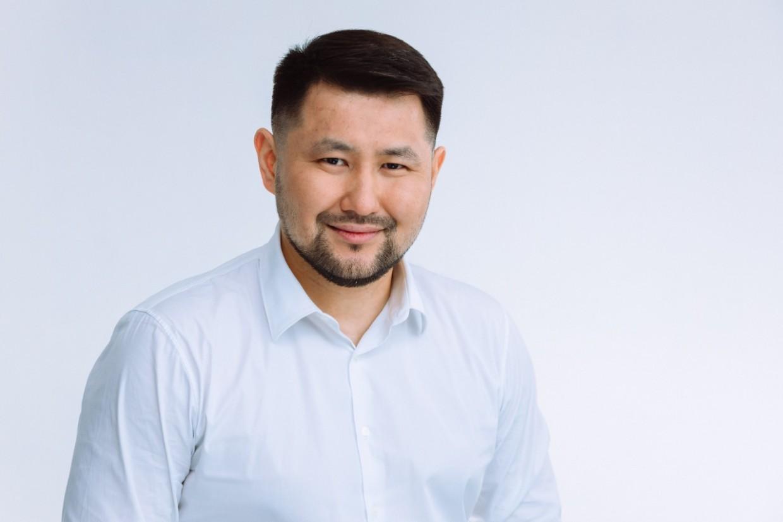 Евгений Григорьев поздравляет с Днём защиты детей