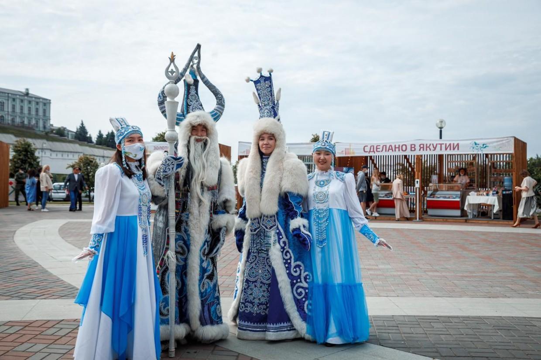 Якутская делегация провела в Казани алгыс и световое шоу
