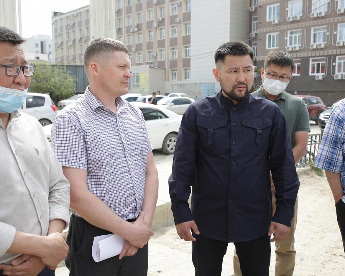 В Якутске отремонтируют тридцать дворов