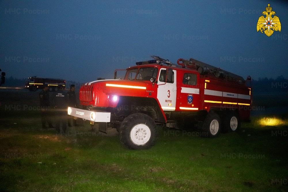 В Якутии действуют 216 лесных пожаров, за сутки ликвидировано 14