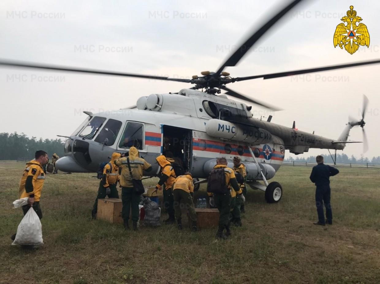 В Якутии действует 144 природных пожара, за сутки ликвидировано семь