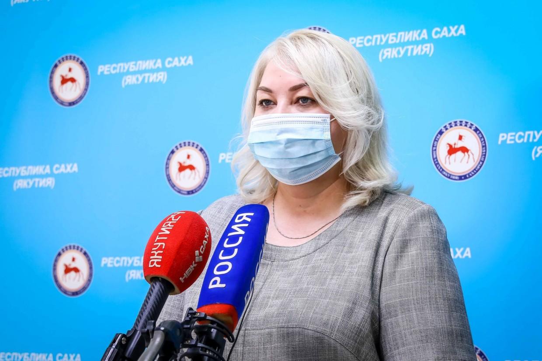 Елена Борисова: «В Якутии более 250 000 человек получили первую вакцину»