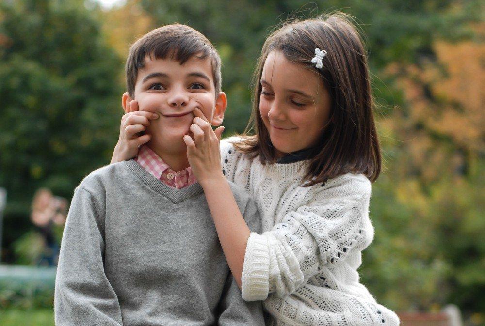 Внесены поправки в Семейный кодекс РФ: братья и сестры могут учиться в одной школе
