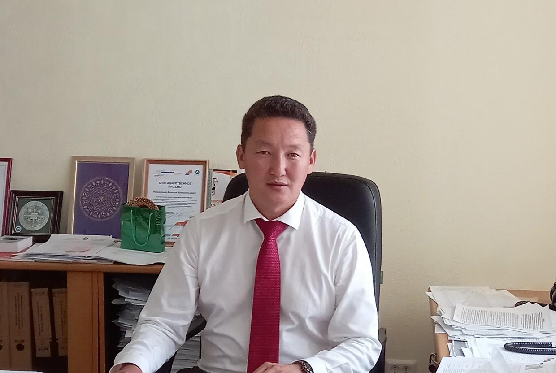 Алексей СЕМЕНОВ: «К 1 сентября все школы Якутска должны быть готовы принять детей»