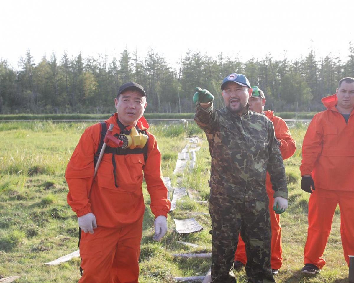 Мэр Якутска поблагодарил добровольцев, работавших на тушении лесного пожара в Магане