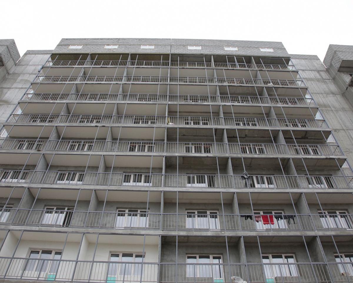 В Якутске сироты и переселенцы из аварийных домов получат квартиры в сентябре
