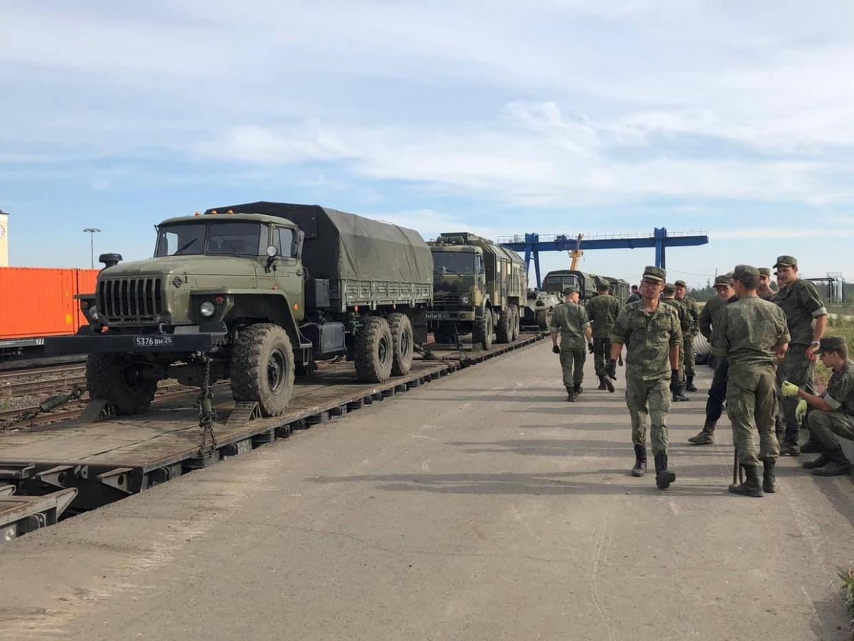 Минобороны направило в Якутию военную технику для тушения пожаров
