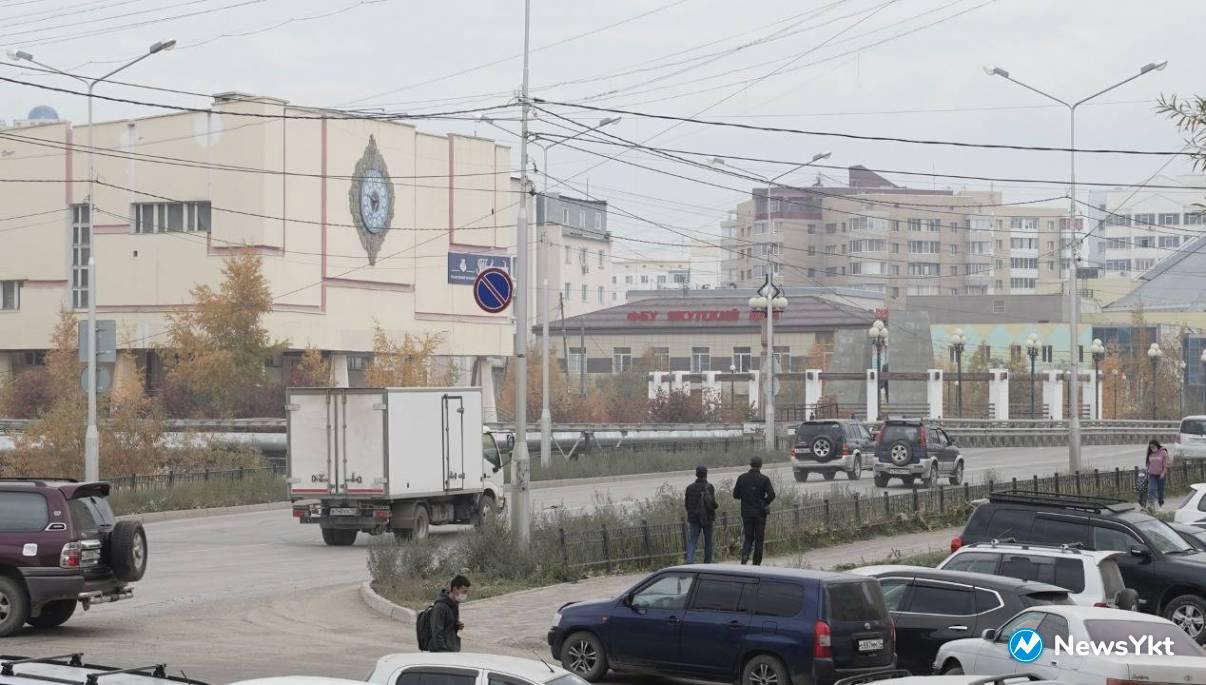 Загрязнение воздуха в Якутске снова превысило норму из-за лесного пожара в Намском районе