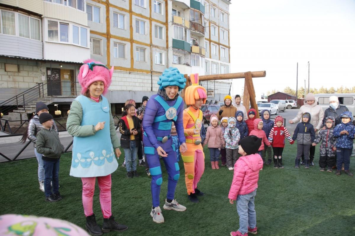 Детскую площадку и воркаут-зону открыли в Якутске