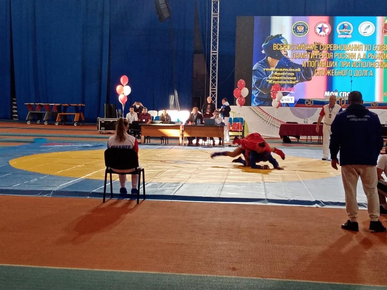 Сотрудники якутской Росгвардии и спортсмены из Бурятии выиграли турнир по самбо в Якутске