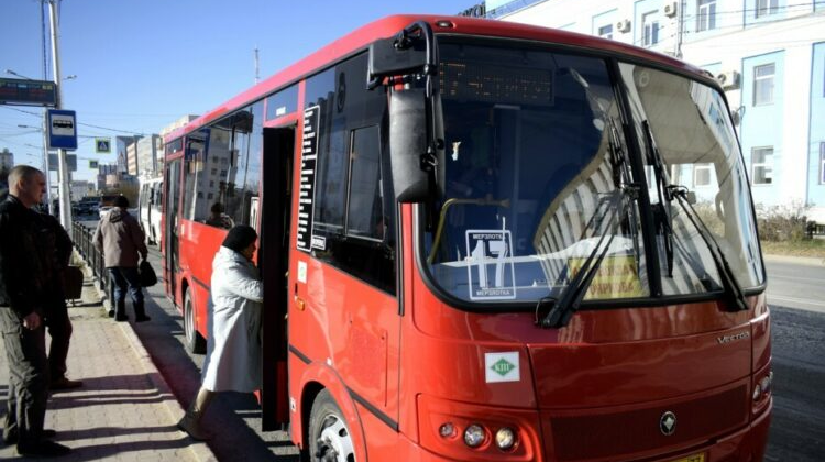 В Якутске следят за санитарным состоянием общественного транспорта