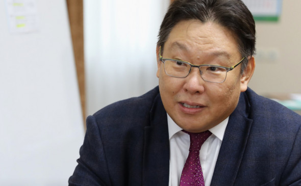 Директор Малой академии наук Якутии стал вторым руководителем, уволенным из-за решения о ковидном центре