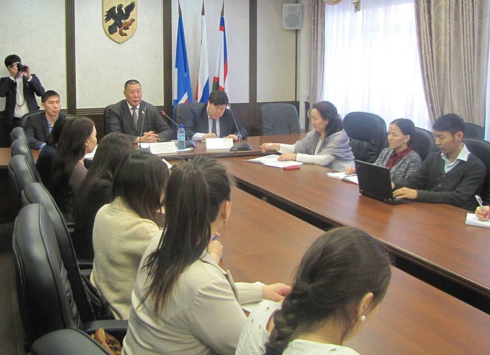 Александр Саввинов встретился со студентами СВФУ