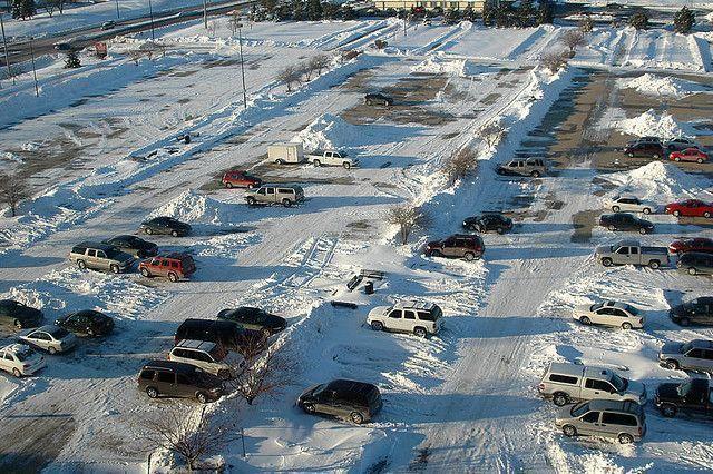 В Якутске строятся парковки с подогревом