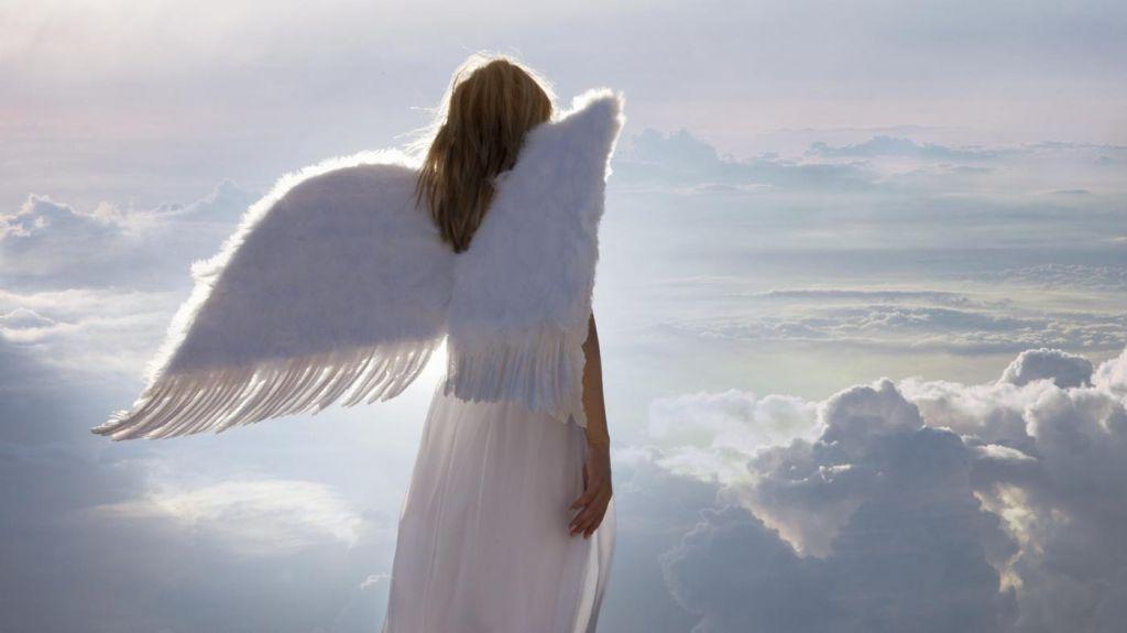 Мой ангел-хранитель – девочка-подросток
