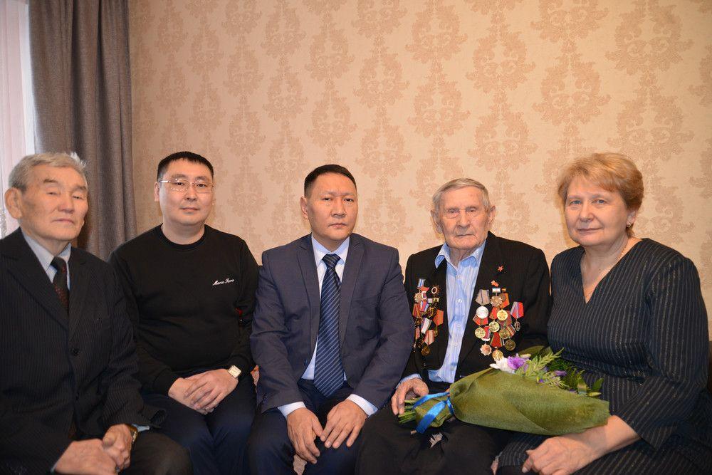 В Якутске чествовали участника Сталинградской битвы Петра Рыбкина
