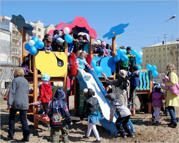 Открылась новая детская площадка