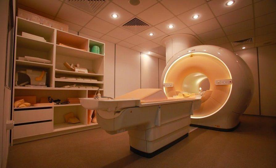 В Якутске появился уникальный цифровой МР-томограф