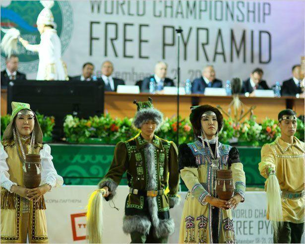 Хоть шаром покати В Якутске идет Чемпионат мира по бильярду