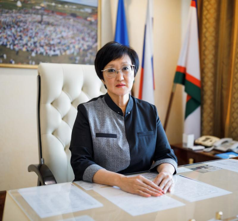 Поздравление главы города Якутска Сарданы Авксентьевой с Днем знаний