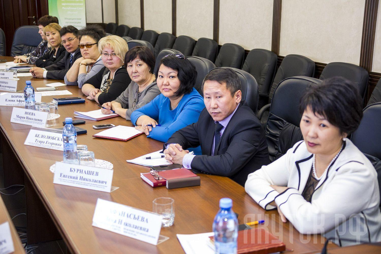 Глава города встретился  с руководителями  медицинских учреждений