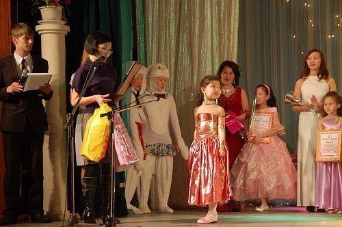В Якутске выберут лучших маму и дочку