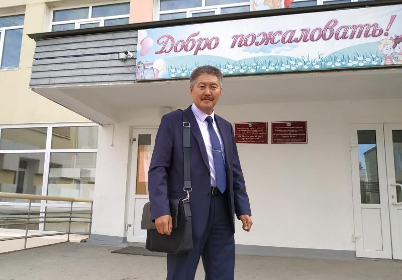Депутат Айаан Васильев: «Говорить о выпускных  пока преждевременно»
