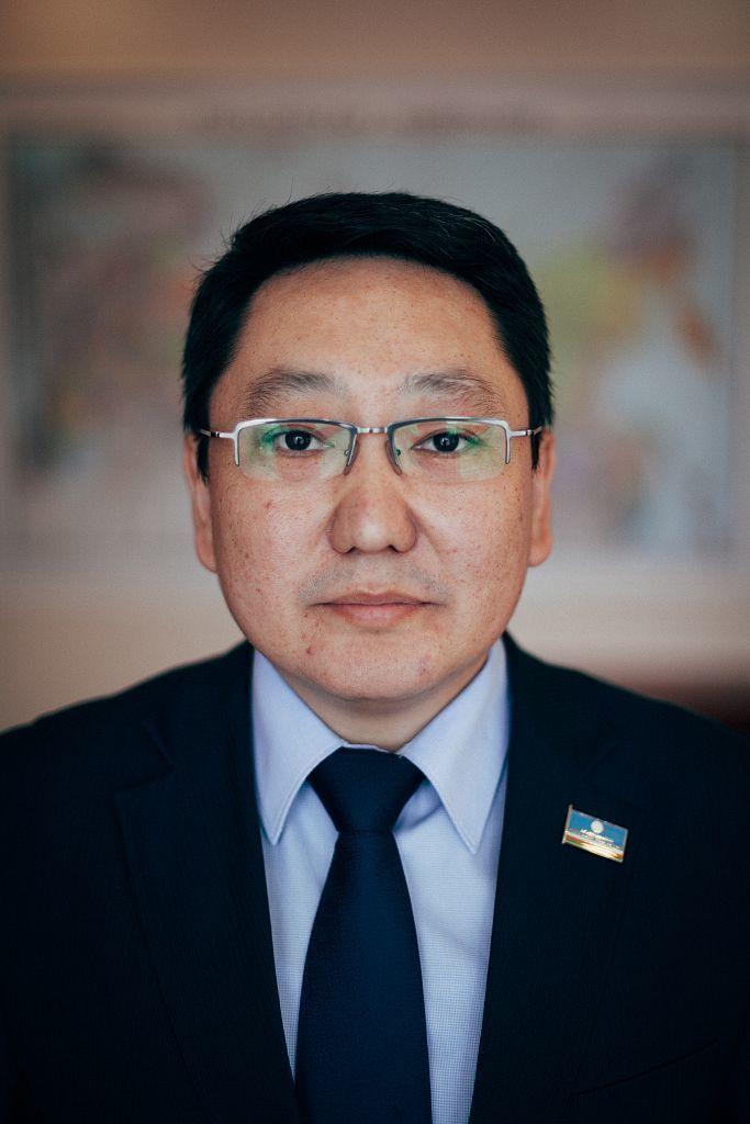 Министр экономики Валерий Максимов о проблемах республики