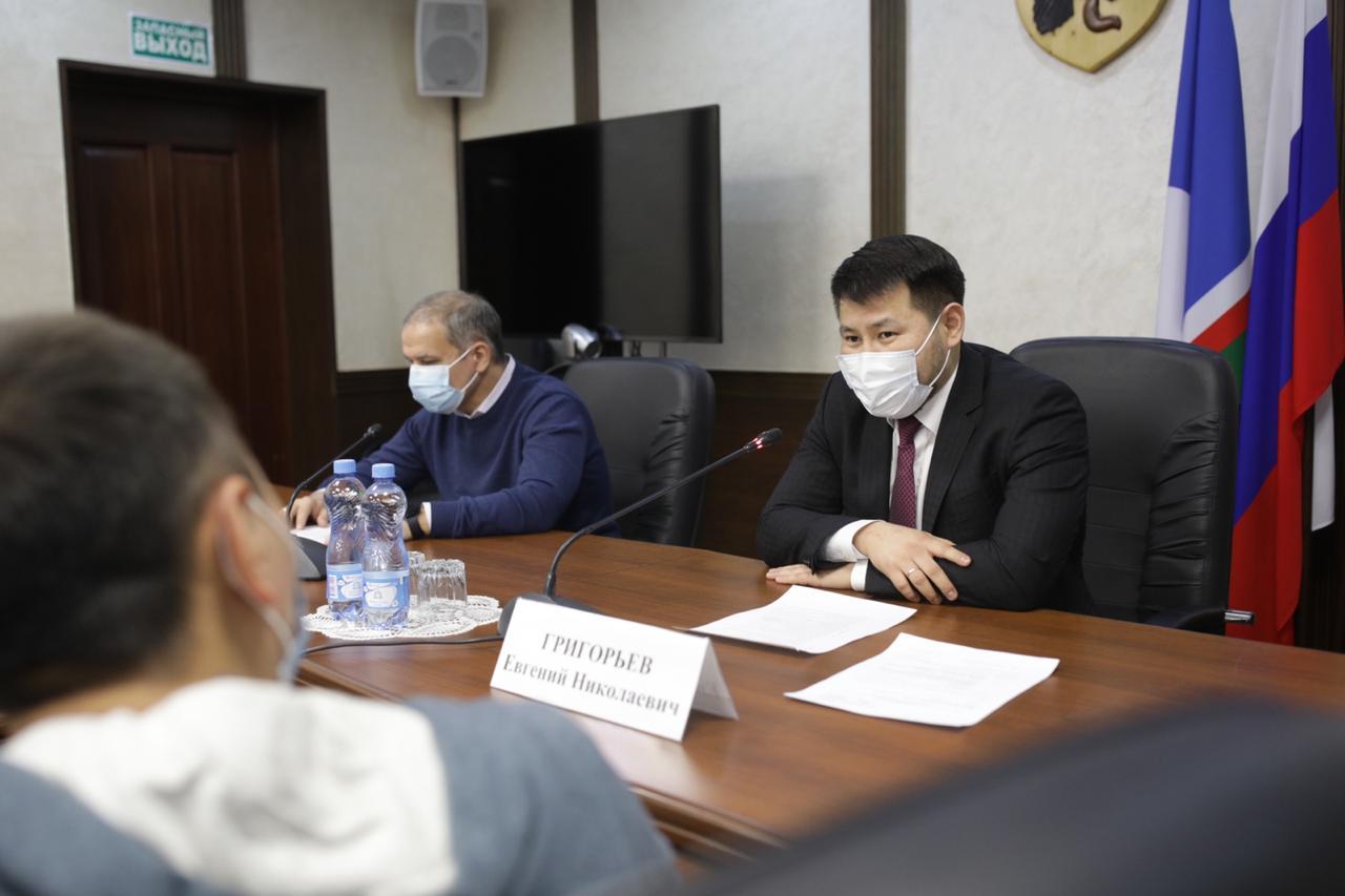 Евгений Григорьев провел первую пресс-конференцию