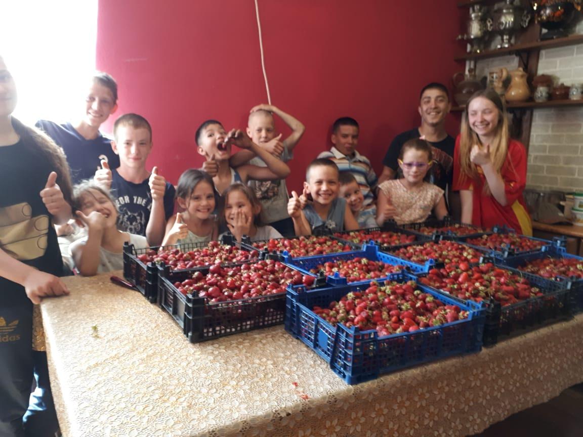 19 детей семьи Котогоровых-Фурсо: «Мы не жалуемся!»