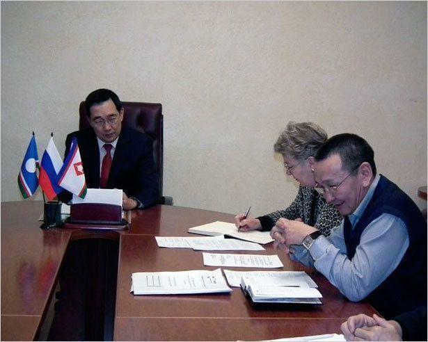 Айсен Николаев встретился с тренерами столицы