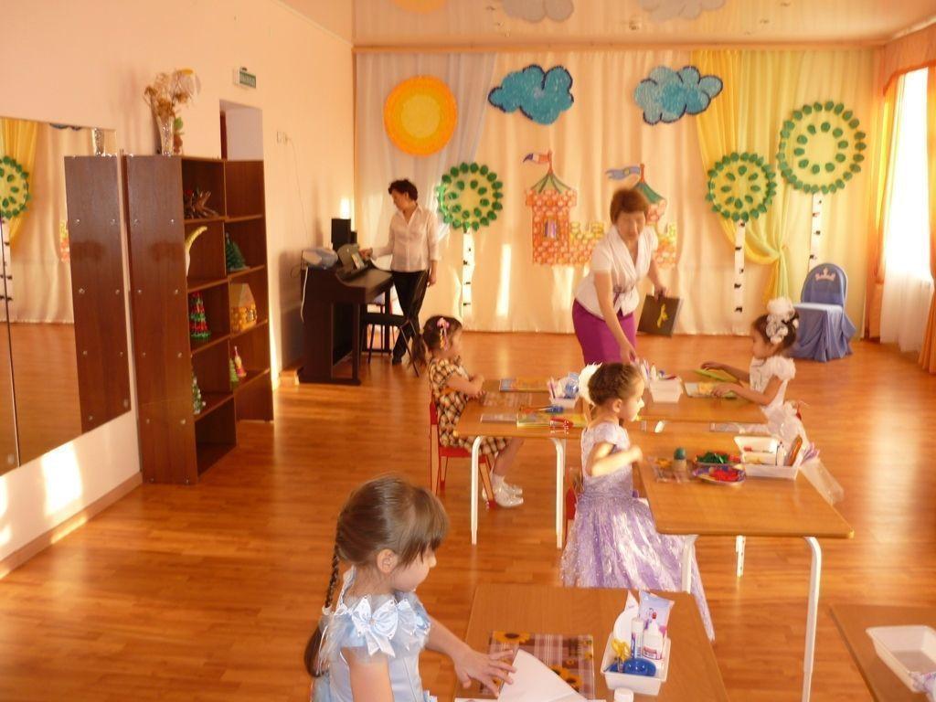 Детские сады будут работать дольше
