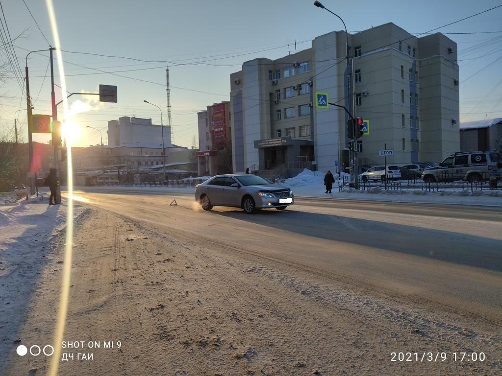 Водитель сбила людей на пешеходном переходе в Якутске
