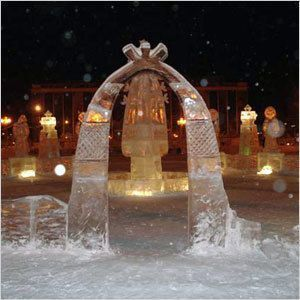 В Намцах открылся конкурс ледовых скульптур