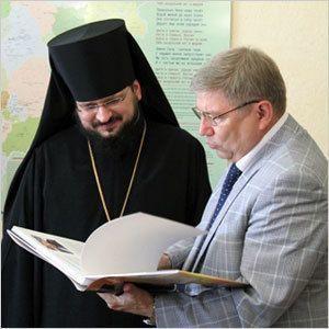 Встреча двух глав - города и Якутской епархии