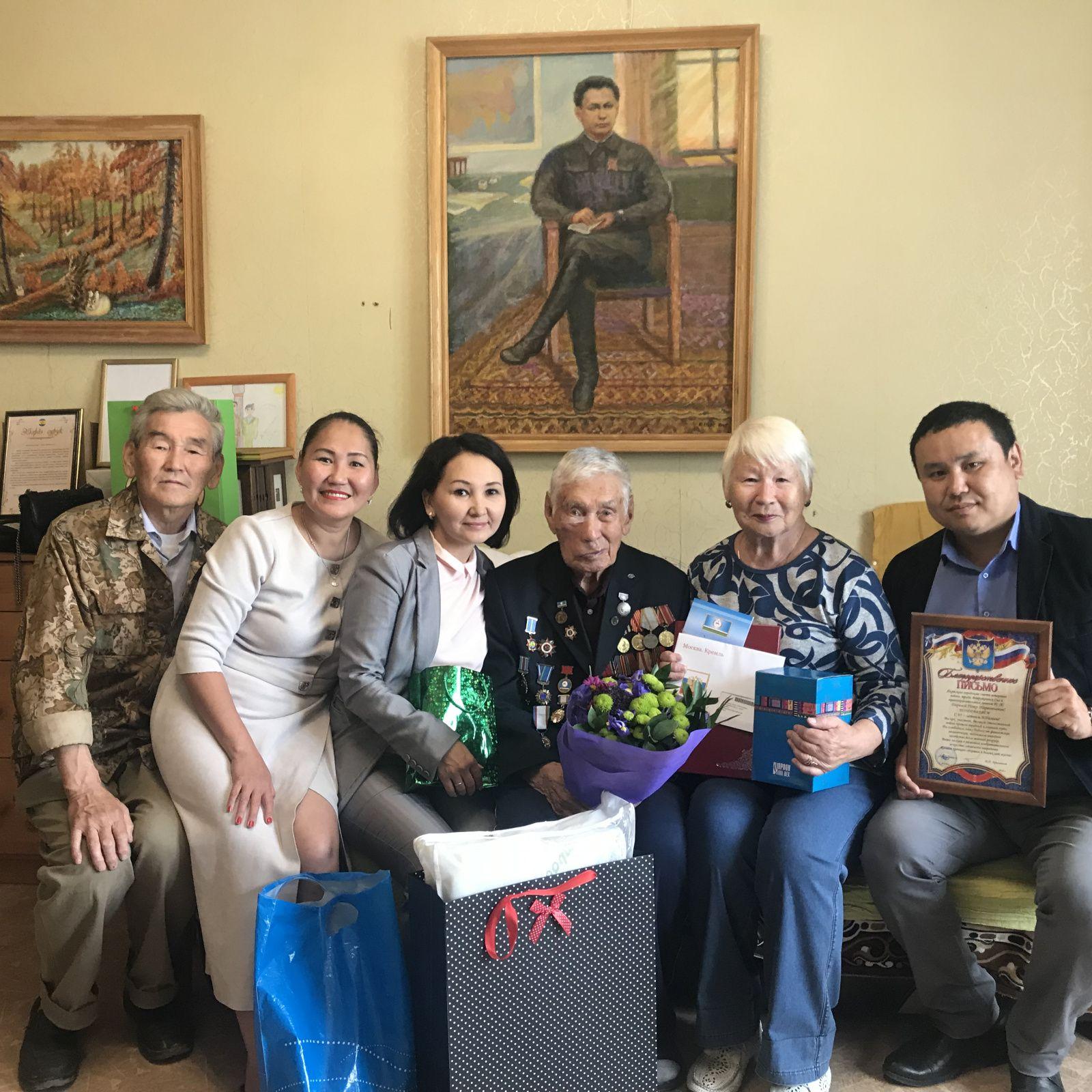 В Губинском округе чествовали участника ВОВ с 95-летием