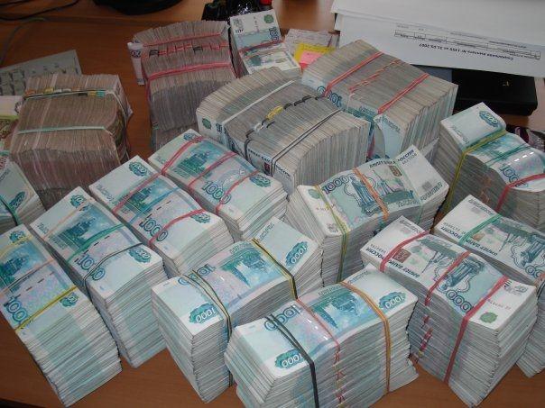 У предпринимательницы похитили 700 тысяч рублей
