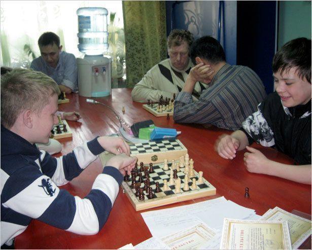 Открылся шахматно-шашечный клуб