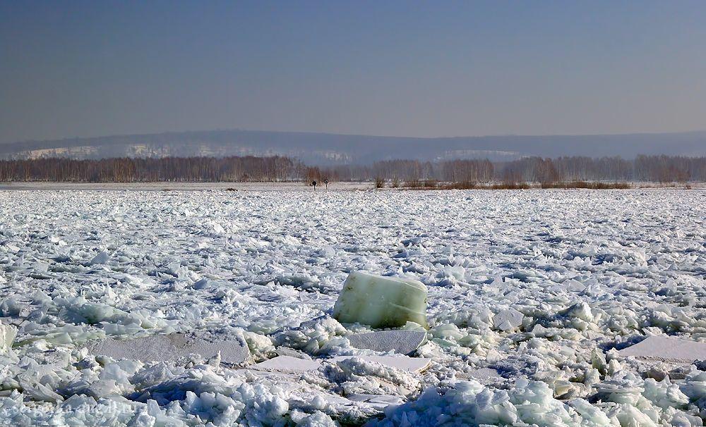 Не выезжайте на неокрепший лед